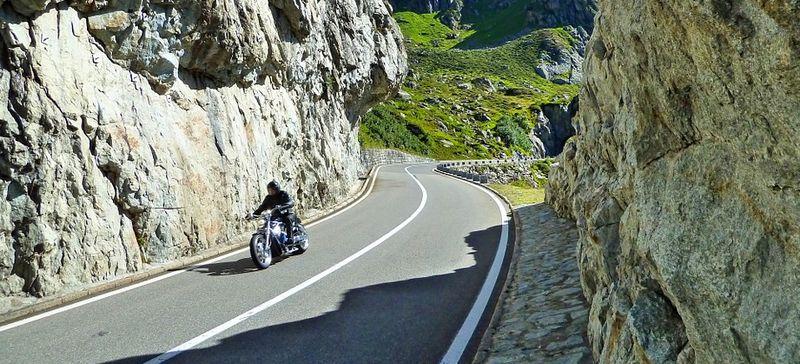 conseils pour rouler à moto en montagne